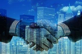 stretta-mano-aziende-pubblica-amministrazione
